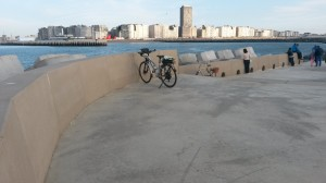 Nouvelle_jetee_port_Oostende