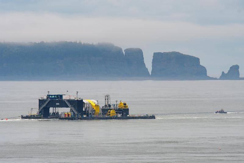 CH-tidal_turbine-09_21-2018-CP_large