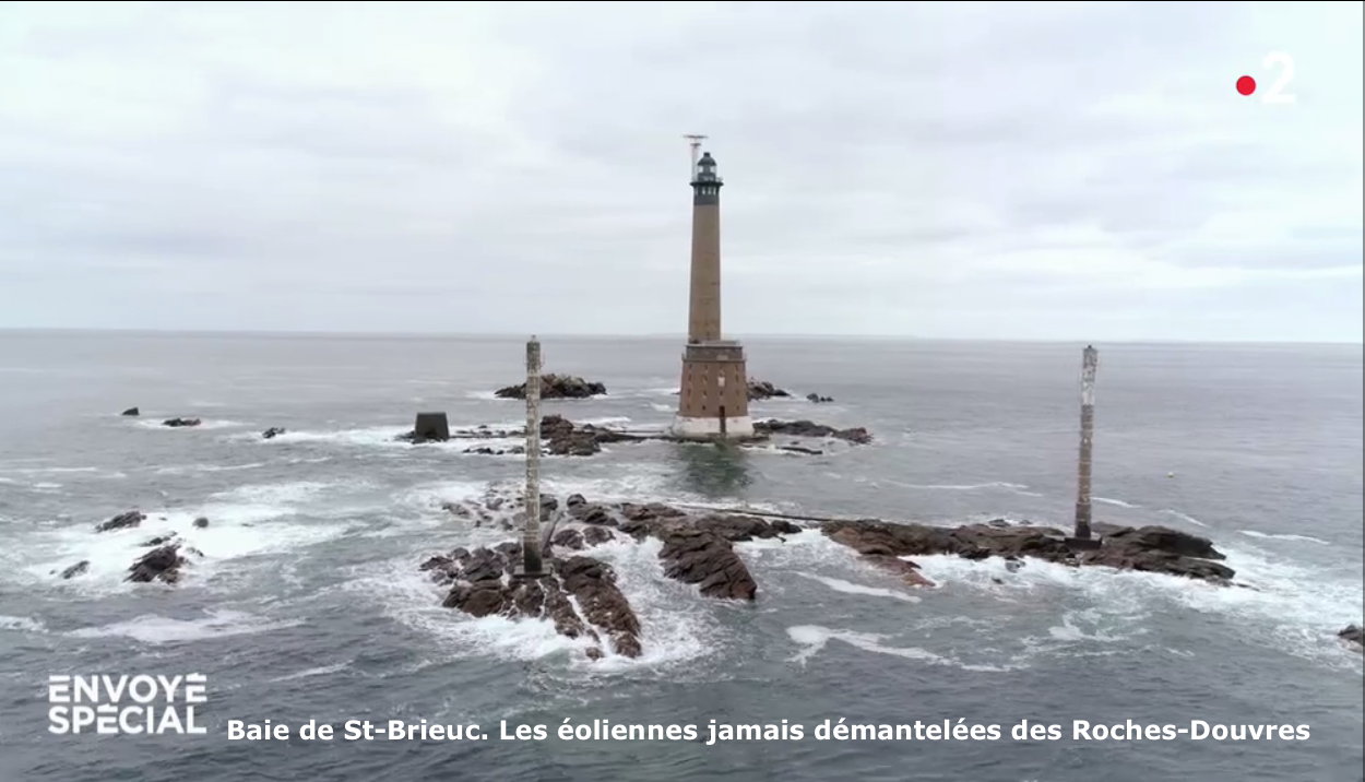 Baie de St-Brieuc Eoliennes des Roches-Douvres